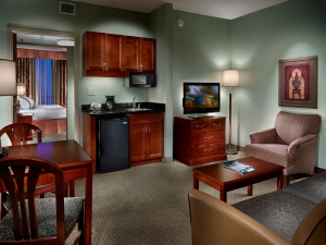 University of Memphis_Holiday Inn Guest Suite